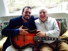 Ricardo Baldacci e Bucky Pizzarelli, 2014, New Jersey, por Martin Pizzarelli