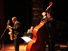 Ricardo Baldacci Trio no XV Festival Internacional de Jazz do Paraguai, 2012, por Amanda Souza