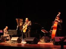 Hercules Gomes, Ricardo Baldacci e Ricardo Ramos no XV Festival de Jazz Internacional do Paraguai em 2012, por Amanda Souza
